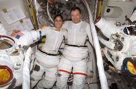 Bored At Your Job? Nasa Is Looking For New Astronauts