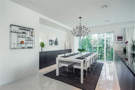 House Design With A Contemporary Black And White Palette
