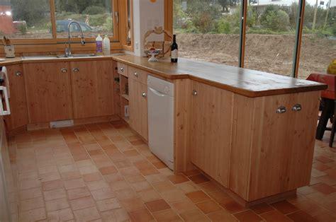 fabriquer caisson cuisine fabriquer une cuisine en bois meuble de cuisine en