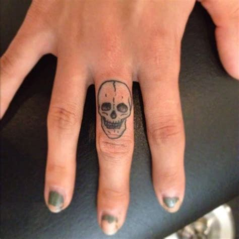 facts  finger tattoos designs  tattoos  meanings