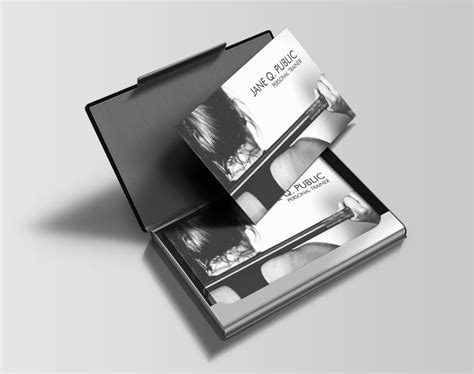 A personal trainer is not only a trainer, but is also a teacher, a motivator, a nutritionist, and of course a friend to help you achieve your fitness or weight goals. Black and White Personal Trainer Business Cards - J32 DESIGN