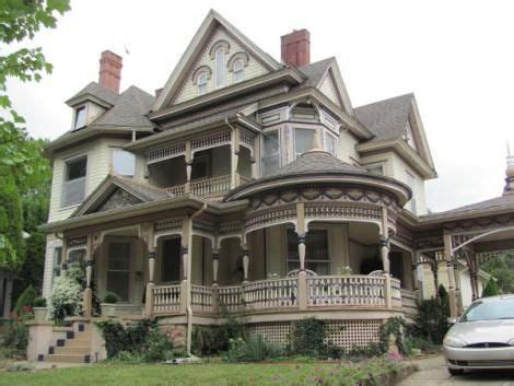 love  wrap  porches  victorian homes
