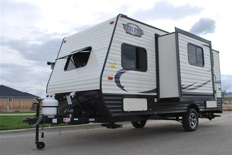 ultra light travel trailers 17 forest river viking ultra lite bunk house travel
