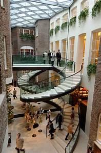 17 Best Atrium Ideas on Pinterest   Diy decking on a ...