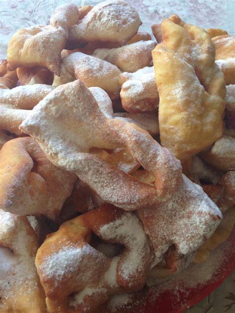 spécialité lyonnaise cuisine bugnes moelleuses spécialité lyonnaise valvanille