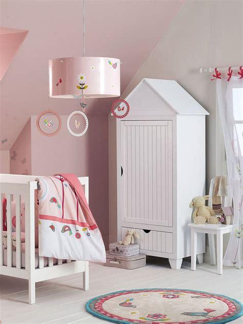 chambre vertbaudet armoire cabine de plage avec penderie enfants