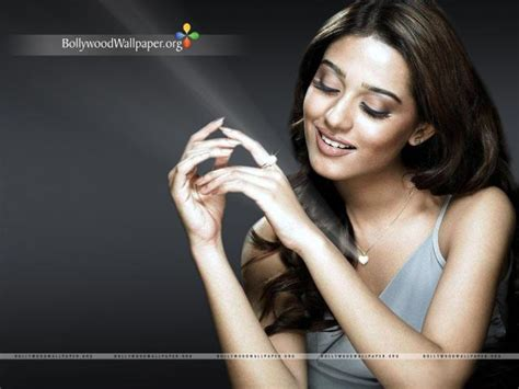 Amrita Rao Wallpapers 2011