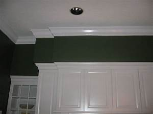 Crown Moulding Soffit Traditional Kitchen Tampa