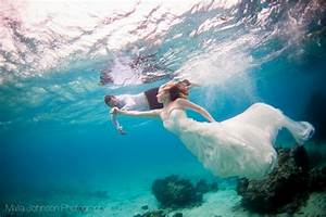 The pros and cons of trash the dress shoots - Articles