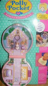 Kelly dolls! I'm pretty sure I had this exact set. Or my ...