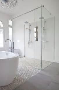 Grey Bathrooms Ideas Le Carrelage Galet Pratique Revêtement Pour La Salle De Bain