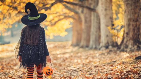 halloween canceled   cdc stresses caution