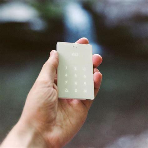phone call flash light anti smartphone the world s most minimalist phone