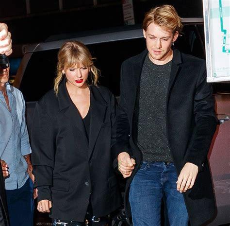 Joe Alwyn Congratulated Taylor Swift After Her Grammy Win ...