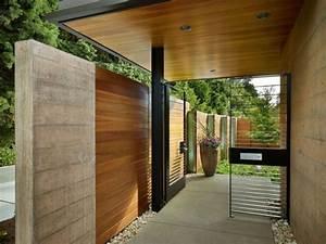 Vordach Hauseingang Modern : hauseingang zaun system modern betonwand holz verkleidung ~ Michelbontemps.com Haus und Dekorationen