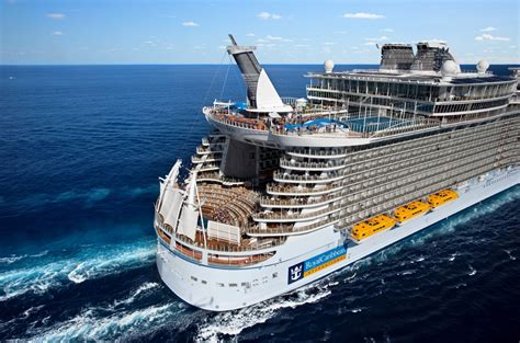 Royal Caribbean - CRUISE SPECIALISTS