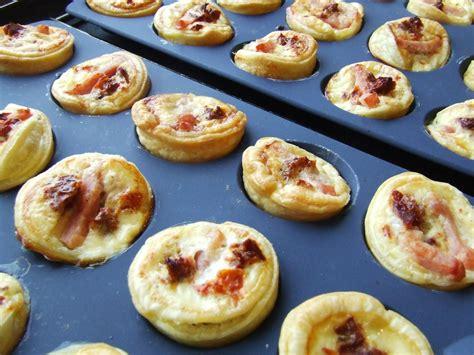 mini tartelette sans pate mini quiches tomates s 233 ch 233 es lardons tupperware et moi