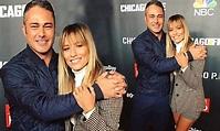 Fans go wild as Renée Bargh embraces Taylor Kinney | Daily ...