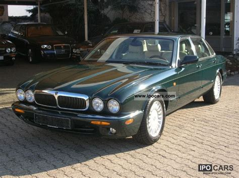 2001 Jaguar Xj8  Car Photo And Specs