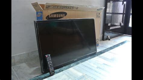 Samsung 32 inch Series 4 4003 TV Unboxing The Inventar
