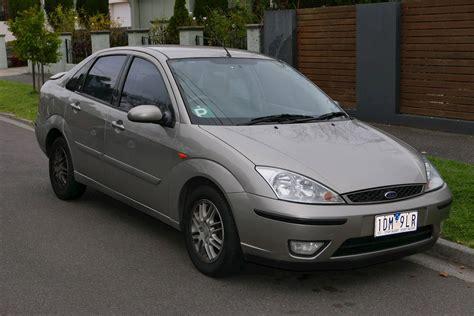 ford focus lx dr sedan  spd manual wod