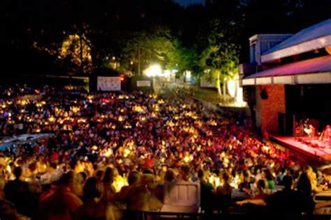 Atlantas Chastain Park Amphitheatre Music Under The
