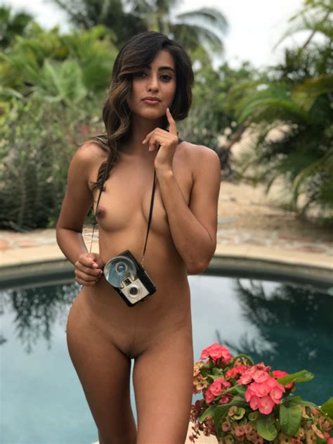 Katherinne Rodriguez Nude Sexy Youtubers