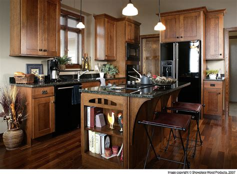 quarter sawn kitchen cabinets quarter sawn oak kitchen cabinets kitchen traditional with
