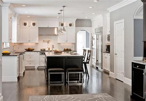 idee ilot cuisine idée cuisine ouverte avec ilot deco maison moderne