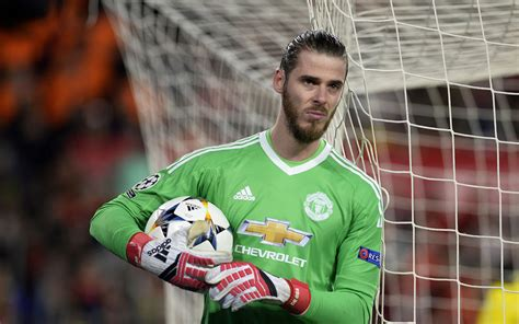 Manchester United Trigger De Gea Contract Extension