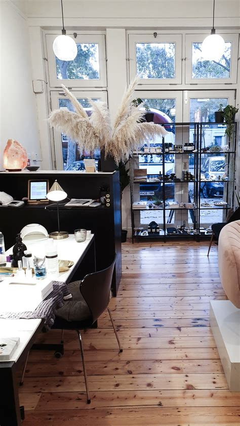 Non-Toxic Nails: The Best Salons in London | Curiously Conscious