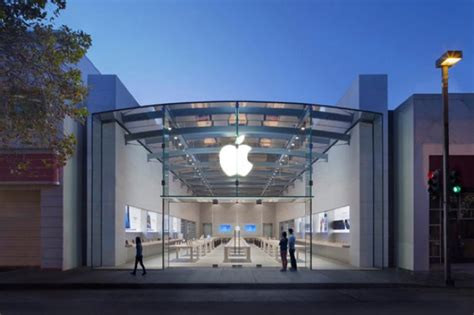 siege social sushi shop tim cook visite le nouvel apple store de palo alto