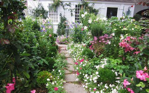 create shabby chic garden shabby chic garden decor home design and decorating chsbahrain com