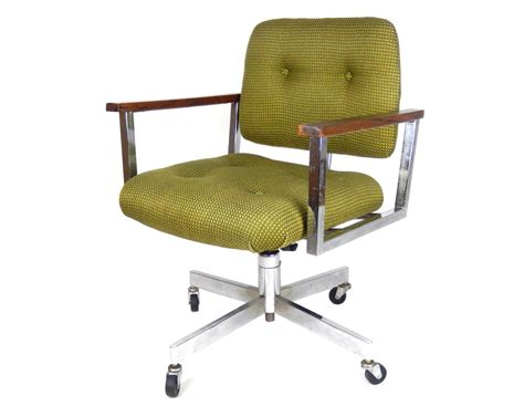 green mid century modern office desk chair with square