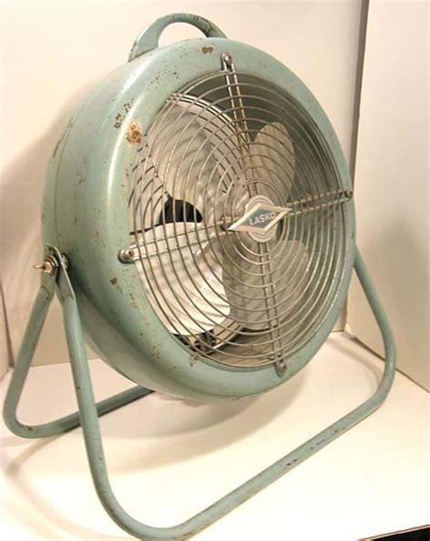 lasko desk fan model 678 vintage lasko electric floor desk fan turquoise 1950s 2