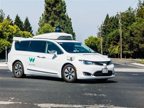 Humans Just Can't Stop Rear-ending Self-driving Cars—let's