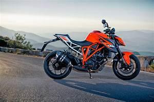 Duke 1290 R : first ride ktm 1290 super duke r review visordown ~ Medecine-chirurgie-esthetiques.com Avis de Voitures