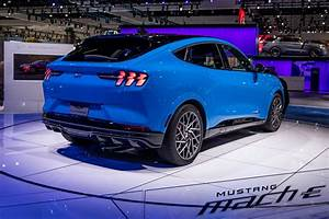 2020 Dallas Auto Show: 2021 Ford Mustang Mach-E and 4 Other Things You Can't Miss - Cars.com ...