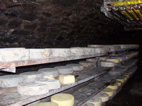 chambre d hotes orcines fourme de rochefort montagne produits de la ferme orcival