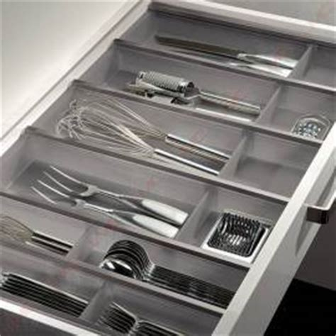 amenagement tiroir cuisine tout pour aménager l 39 intérieur de vos meubles de cuisine accessoires de cuisines