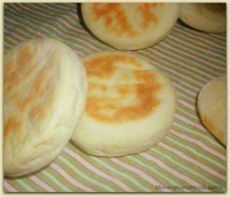 cuisine sans oeufs batbout petits pains marocains à la poêle le