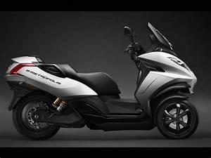 Scooter Electrique 2 Places : peugeot e metropolis le scooter trois roues lectrique challenges ~ Melissatoandfro.com Idées de Décoration