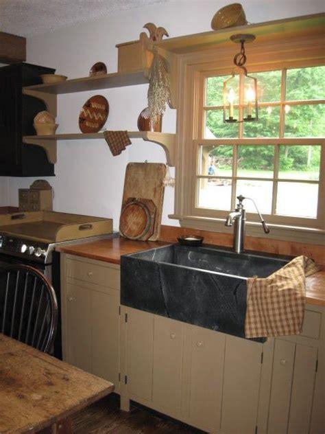 cottage kitchen chairs 450 best primitive kitchens images on cottage 2640