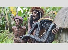 Papuan tribe preserves ancient rite of mummification