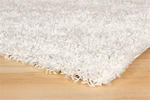 Langflor Teppich Weiß : langflor teppich hochflor teppich fancy uni einfarbig wei ~ Frokenaadalensverden.com Haus und Dekorationen