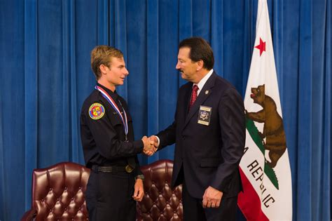cslea salutes governors medal  valor recipient