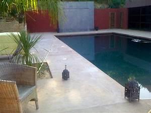 Beton Ciré Piscine : pose de terrasse de piscine en b ton cir annecy ~ Melissatoandfro.com Idées de Décoration