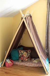 Tipi Little Nice Things : 10 cool diy play tents for your kids kidsomania ~ Preciouscoupons.com Idées de Décoration