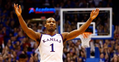 big  basketball teams  play  april