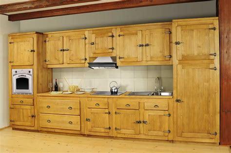 changer porte meuble cuisine cuisine meuble bas porte pin massif pour cuisine avoriaz